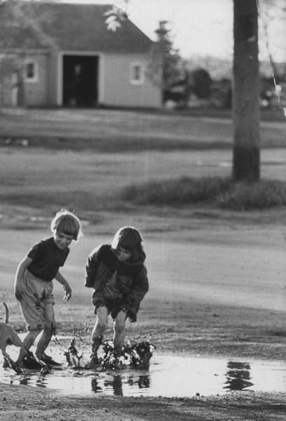 Photograph by Michael Rougier. Oakes, North Dakota, May 1962.