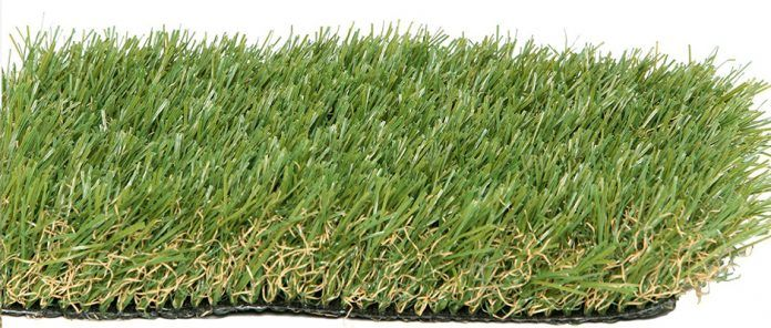 For various reasons, people simply cannot maintain a natural lawn most of the time, especially the ones living in a heavy urbanized area. We all like having a lawn, however, or at least the benefits a lawn brings. So either because you want a comfortable play area for your children or your pets, or if