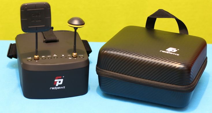 Featuring Diversity receiver and DVR, the Redpawz EV800 Pro is the best FPV drone googles under $80. In-depth review of the Redpawz EV800 Pro FPV goggles.
