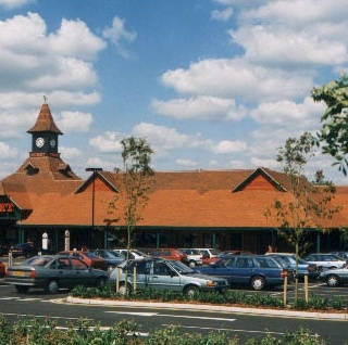 Tesco Superstore Burgess Hill Product Used: Traditional Colour: Antique/ Elizabethan/ Wealden Red Mix