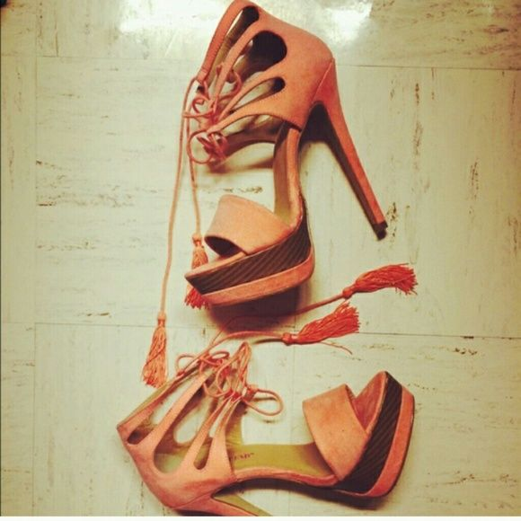 Peach heels Super cute! The material is faux suede. Love them! Worn one time! Shoes Heels