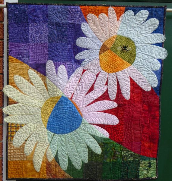 Daisies quilted wall hanging by HandMadeQuiltsbyJane on Etsy