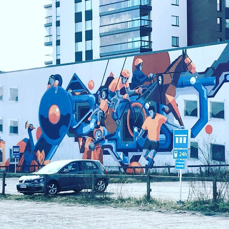 Another nice #mural in #turku! A new surrounding can be such an inspiration! #streetart #visitturku #visitfinland #werkretail #werktravels