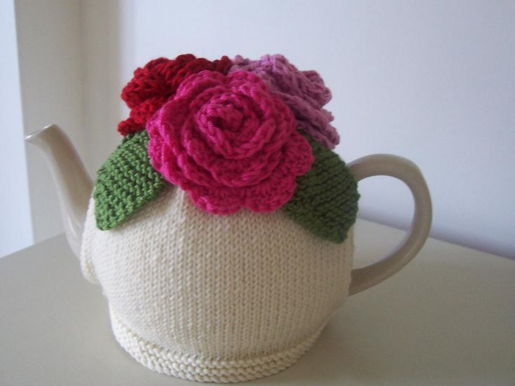 Craftsy: 'Summer Roses' Tea Cosy knitting pattern by Buzybee — $6.50