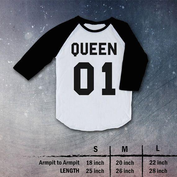 king 01 queen 01 Shirt tee clothing couple love Top Raglan christmas gift present