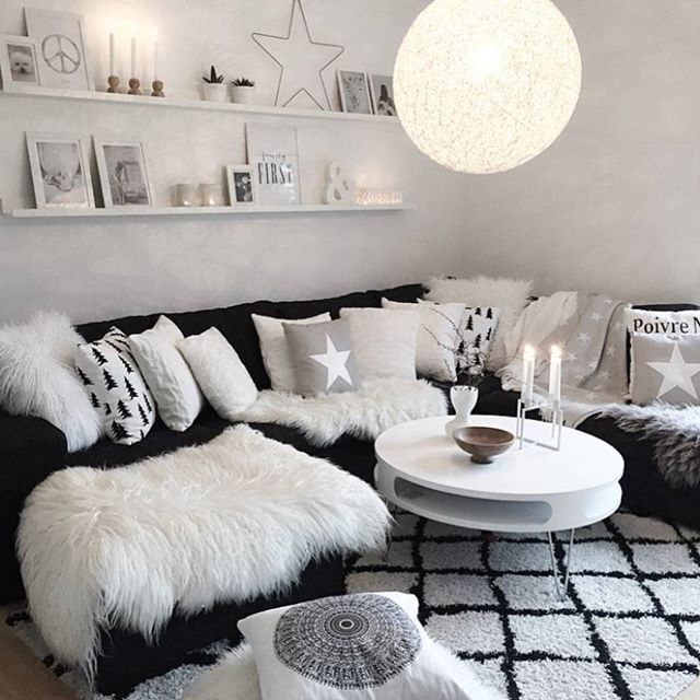 Beautiful ✨ Cred: ✨@mykindoflike✨ Thanks for the tag ✌️ #livingroom #sofa #stue