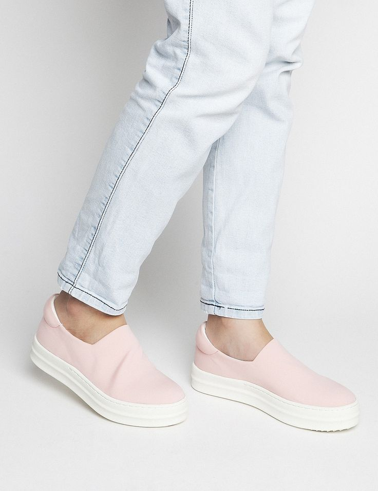 Spring Summer New Collection - Andie Pink #keepfred #fred #sneakers #shoes #outfit #style #fashion #new #collection #spring #colors #women #casual #active #sport #look #slipon #pink #white