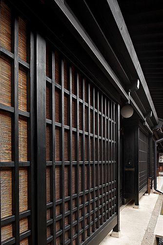 Dark elegance | Takayama #japan #gifu