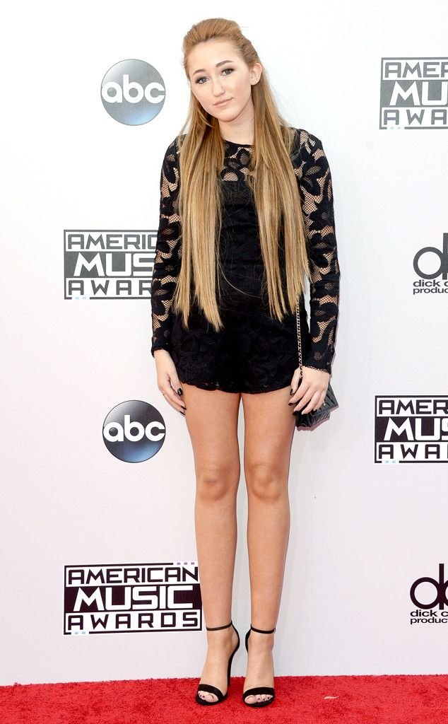 Miley Cyrus' Sister Noah Turns Heads With Long Extensions and Short Romper on AMAs Red Carpet  Noah Cyrus, American Music Awards