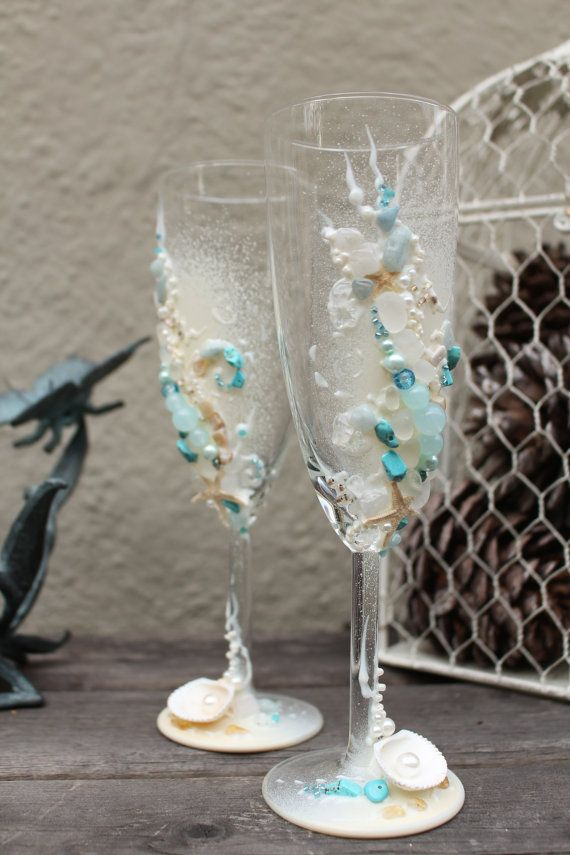 Beach wedding toasting flutes starfish wedding by PureBeautyArt