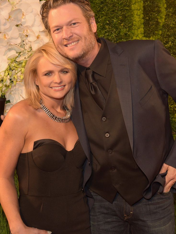 Love is dead. Blake Shelton and Miranda Lambert are divorcing