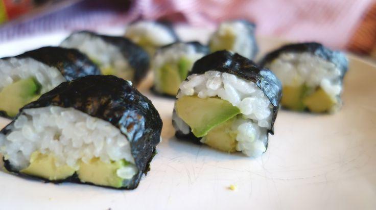 Vegan nori maki sushi <3 Recipe on my blog!