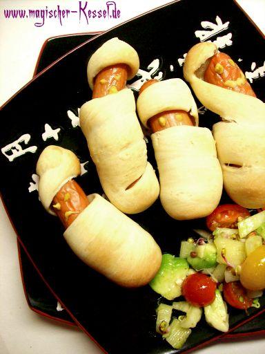 Halloween-Rezept: Hot Dog Mumien – schnell gemachtes Fingerfood