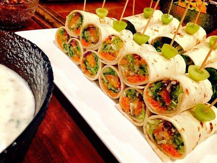 たっぷり野菜とサーモンのサラダラップロール by ASUKA / お好きなお野菜をたっぷりトルティーヤに巻いてお作りくださいね。 / Nadia