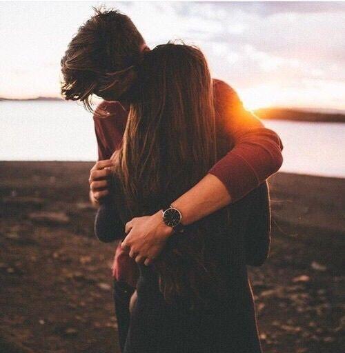Aquele abraço gostoso...sem pressa...❤