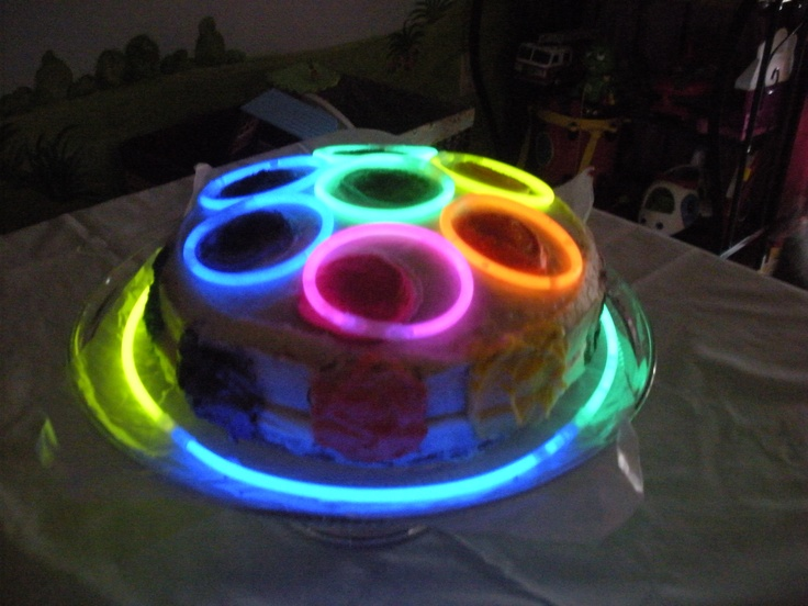 Disco Party Cake Images : Glow in the dark