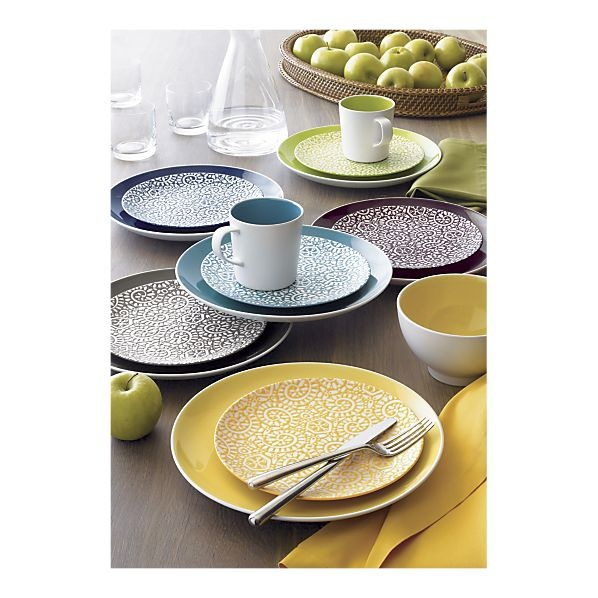 Max Dinnerware for my table in all these fabulous colors. ... Yes please!