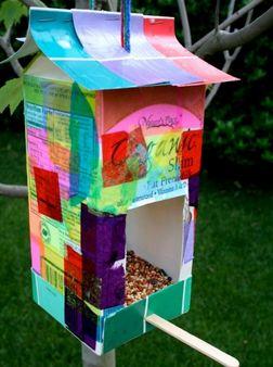 Kids Craft #Recycled Milk Carton Bird feeder