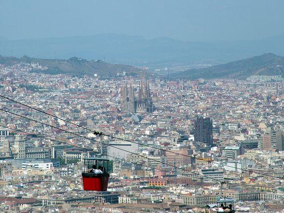 Zabytki w Barcelonie - zobacz gdzie warto się udać będąc w stolicy Katalonii. Sprawdź które miejsce są godne odwiedzenia i gdzie można zajrzeć.