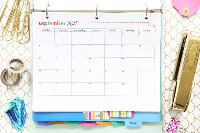 2017 - 2018 Monthly Calendar Printable, Student Binder with Free Printables for Back-to-School, study aids, high school organization, college organization, middle school organization, pretty printables, printables for girls, printables for boys, resources for students, back to school, graduation gift, student organization, teacher printables