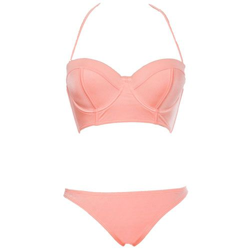 The Best Swimsuits for Women with Big Boobs: A long-line bra has a wider back strap, giving you better support. Click through to find out where to buy it!