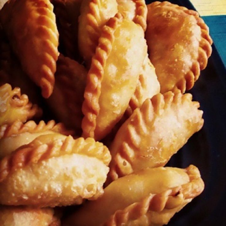 These vegetarian curry puffs are a delight. They are a little bit spicy, have a hint of sweetness and are encased in crispy gold pastry.