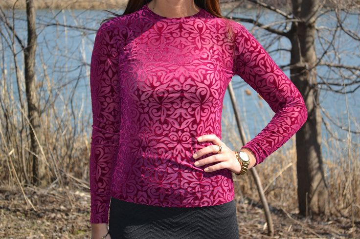 #ModestFashion #ModestTop Modest Fashionable Top in Pink and Navy Blue