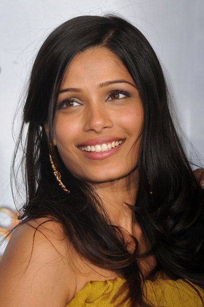 "A sight for sore eyes.  Lovely Freida Pinto.  She was absolutely adorable in Woody Allen's ""You Will Meet a Tall Dark Stranger""."