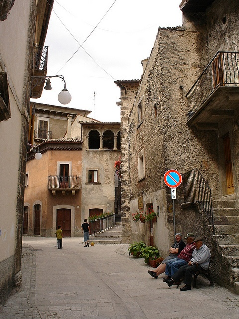 Old italians and children streets Scanno Italy by Panoraman, via Flickr