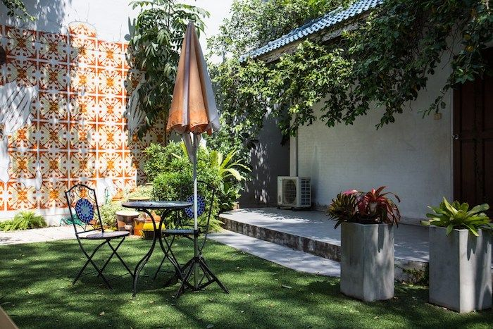 die besten 25 gro e blument pfe ideen auf pinterest blumenk bel topfpflanzen terrasse und. Black Bedroom Furniture Sets. Home Design Ideas