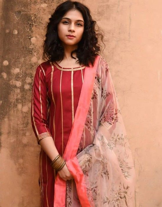 d84fa8e57e6d7 Beautiful Chanderi Silk Kurti . Embellished with gota patti . Paired with  net dupatta.