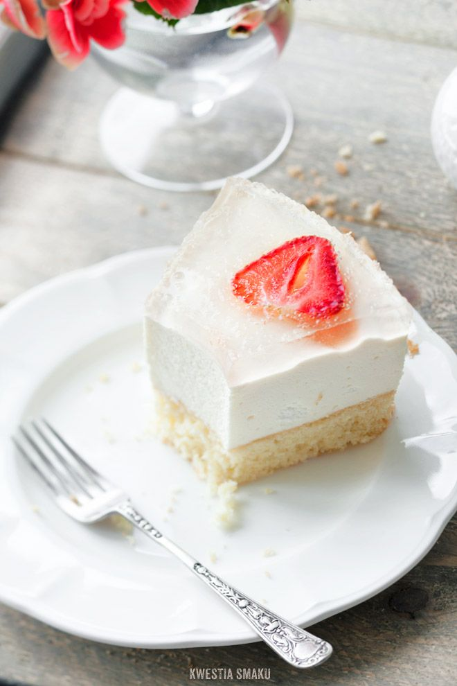 Bavarian Cream Cake with Strawberry Prosecco Jelly