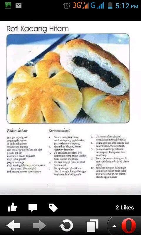 Roti kacang hitam