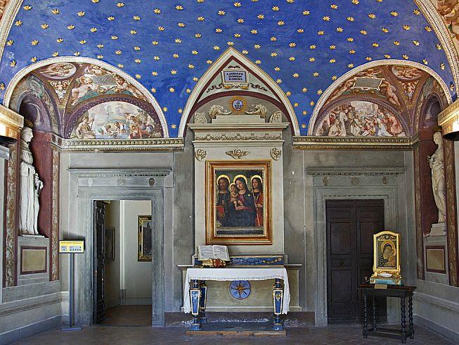 Музей священного искусства (Museo Diocesano di Arte Sacra). Интерьер.