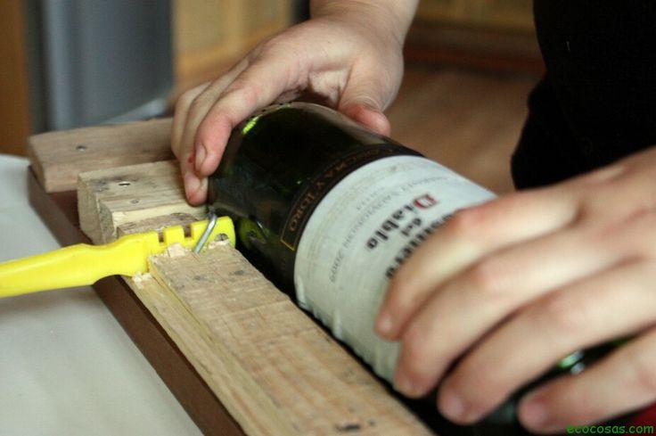 Cortador de botellas casero. Cortavidrio y madera