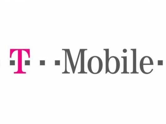 O2 shows interest in nabbing T-Mobile UK | O2's parent company Telefonica's European CEO has said the company is interested in picking up ailing network T-Mobile UK. Buying advice from the leading technology site