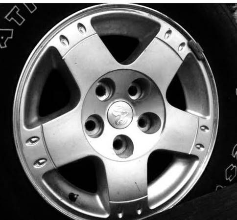 Dodge 17 inch Rims OEM Ram 1500 Pickup Truck Alloy Wheels for Sale 5 lug / Trades Considered.