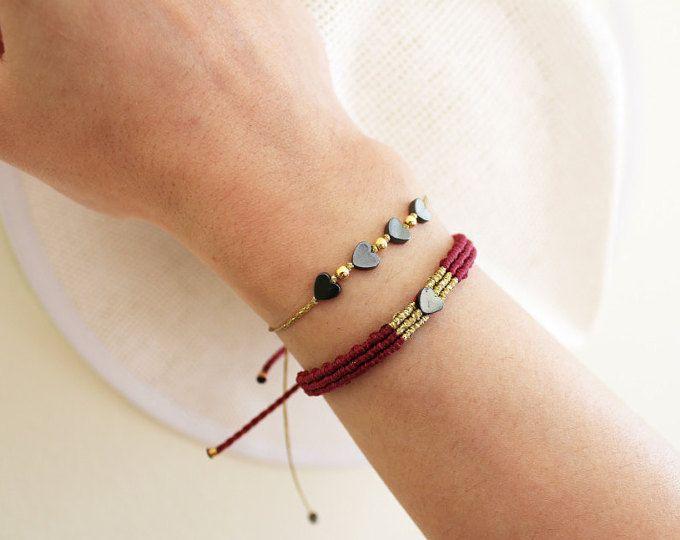 Macrame bracelet from MyCraftYourArt on Etsy,  www.etsy.com/shop/MyCraftYourArt