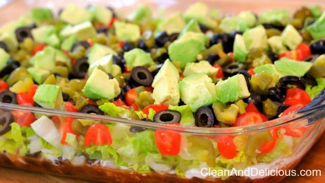 Clean Eating Taco Dip - Clean+Delicious.com  Get the recipe here: http://cleananddelicious.com/2014/01/31/clean-eating-taco-dip-video/