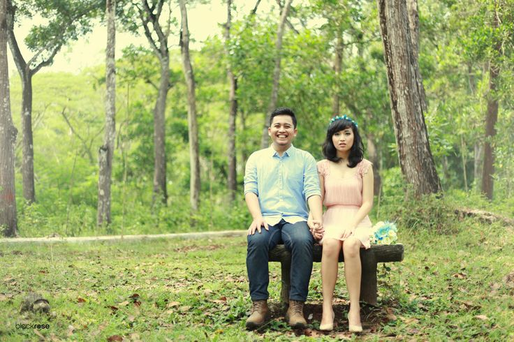 Me and You Rista and Irfan  www.facebook.com/pages/Blackrose-Pictures/349568915159712 #couplepictures #preweddingphoto #beach #sweet #romantic #lovepictures #funny #ugly #cute #indonesian #blackrosepictures