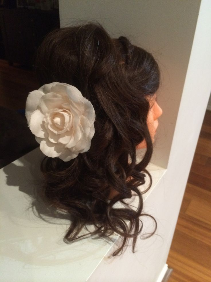 Up do curls all to one side,back/side.