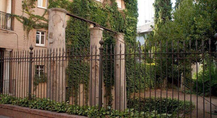 Columnas romanas en Santa Cruz de Sevilla #tdscultura