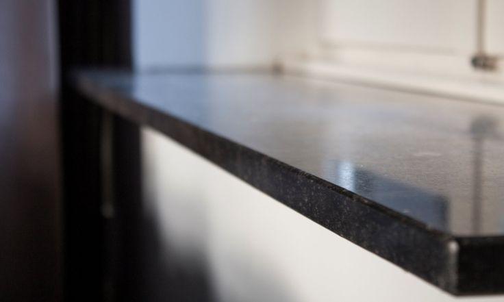 Granit Fensterbänke geben Ihren Wohnräumen das gewisse Etwas.  http://www.granit-deutschland.net/granit-fensterbanke