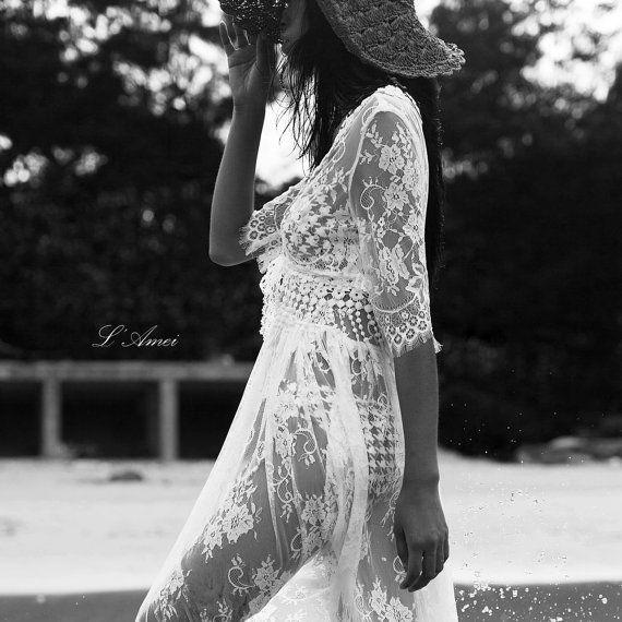 Romantic Lace Bohemia Wedding Dress. Perfect for Beach