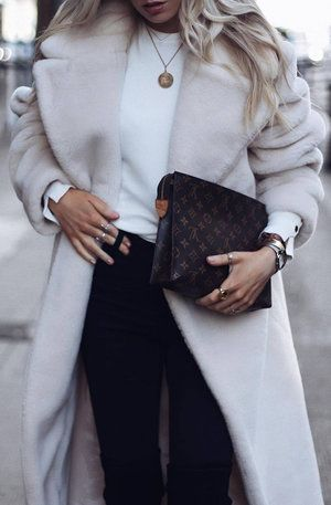 25 CASUAL WINTER OUTFITS YOU NEED TO COPY Fall Outfits and Winter Outfits to wear #fall#fallfashion #thanksgivingoutfits#winteroutfits