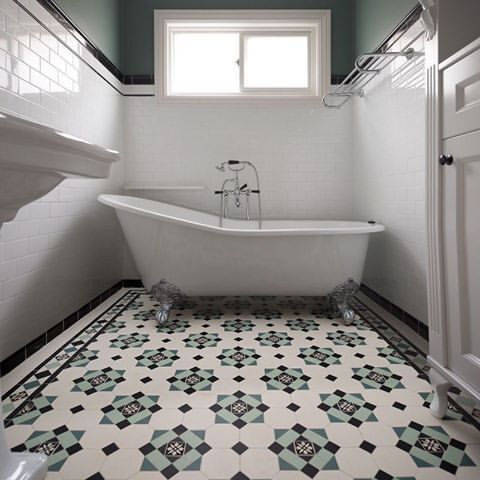 Clean Green Victorian Bath In London Uk With Winckelmans Tiles