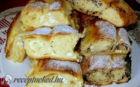 Mákos-túrós kelt rétes recept fotóval