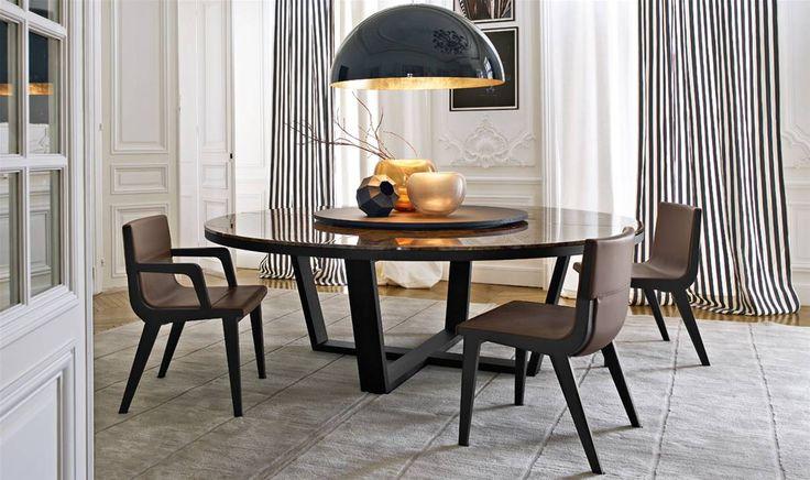 Tables: XILOS – Collection: Maxalto – Design: Antonio Citterio