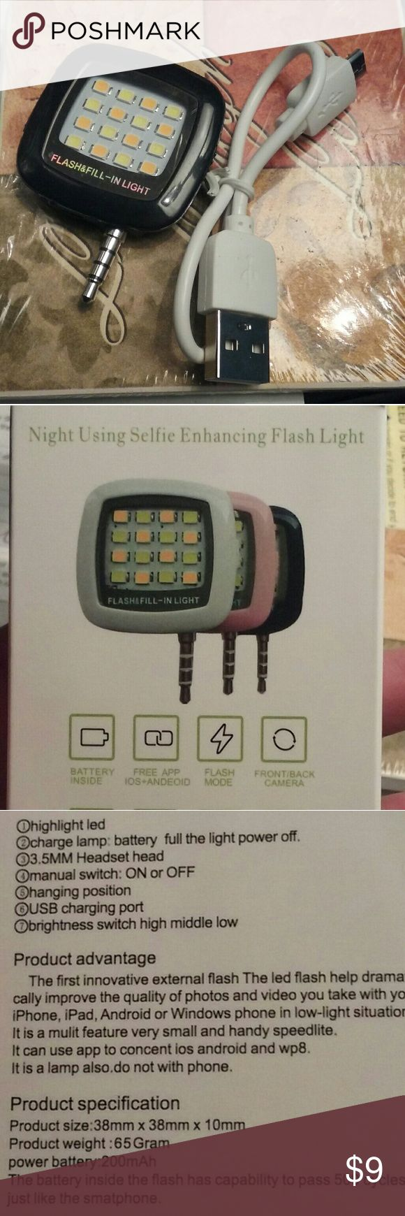 """Black """"selfie"""" flash External cell phone flash. Great for adding extra lighting when taking pictures (of clothes), selfies or videos in dim or indoor lighting.  Has a compact design, is rechargeable, comes with a manual on/off switch, comes with a USB cable and can be used as a flashlight. Other"""