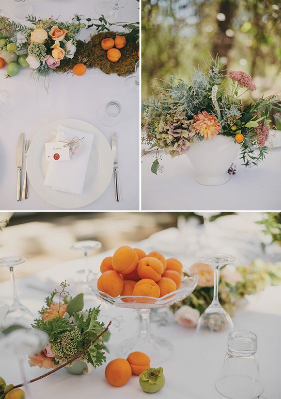 Great florals and also nice pre-existing snack presentation.  Photography by Jessica Sims.